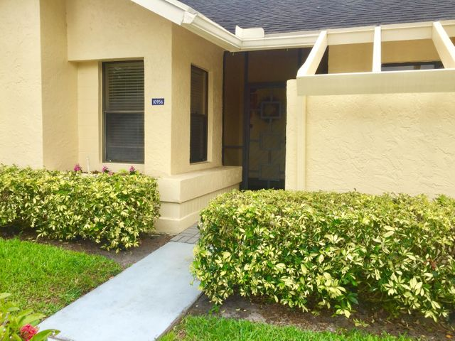 10956 Water Oak Manor, Boca Raton, FL 33498
