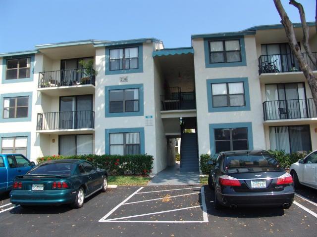 706 Executive Center Drive, 22, West Palm Beach, FL 33401