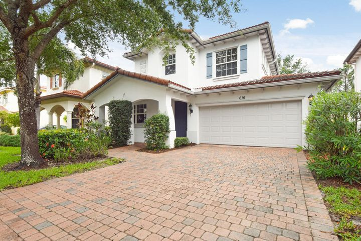 615 Castle Drive, Palm Beach Gardens, FL 33410