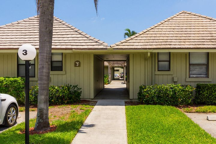 1127 E Seminole Avenue, 3c, Jupiter, FL 33477