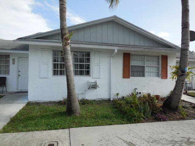 816 Ilene Road E, West Palm Beach, FL 33415