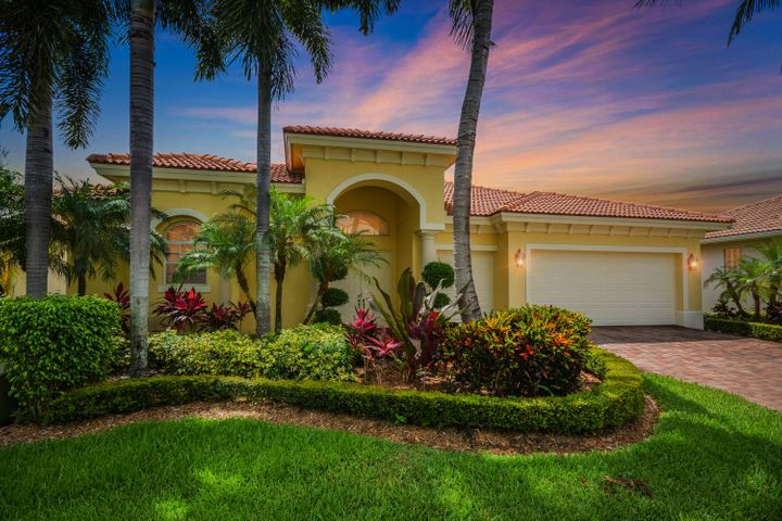8072 Laurel Ridge Court, Delray Beach, FL 33446