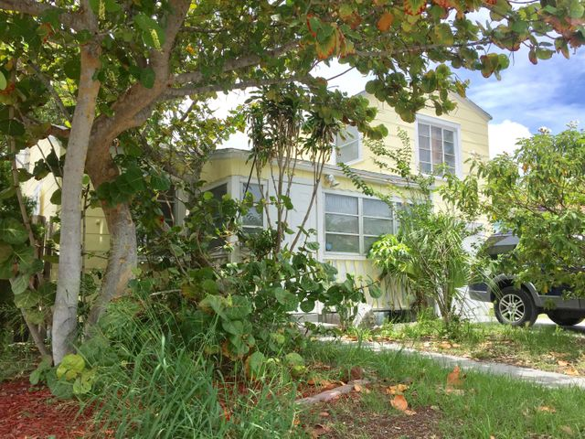 15 S C Street, Lake Worth, FL 33460