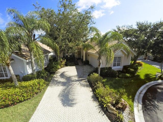 6799 Augusta Court, West Palm Beach, FL 33412