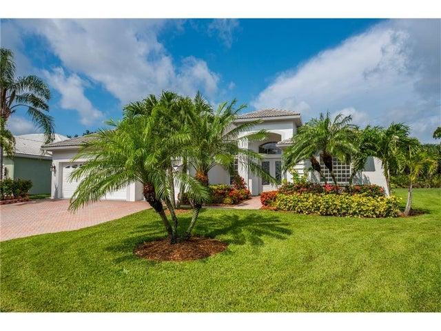 2028 SE Oxton Drive, Port Saint Lucie, FL 34952