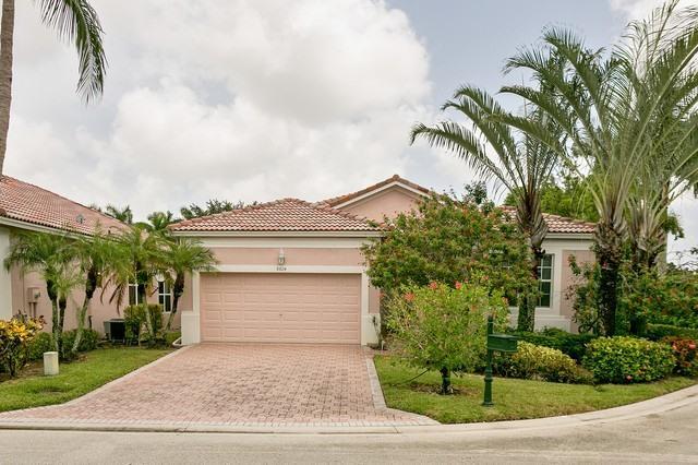 8824 Downing Street, Boynton Beach, FL 33472