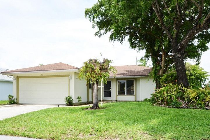 1201 Pine Sage Circle, West Palm Beach, FL 33409