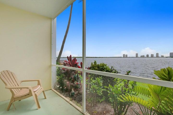100 Doolen Court, 104, North Palm Beach, FL 33408