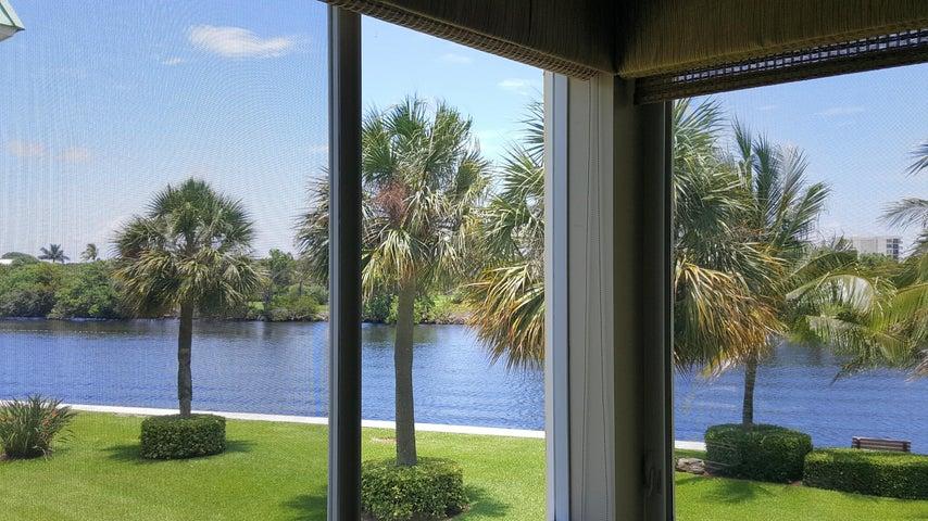 7 Colonial Club Drive, 200, Boynton Beach, FL 33435