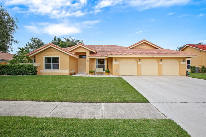 13826 Staimford Drive, Wellington, FL 33414