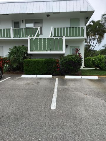 2929 SE Ocean Boulevard, 112-1, Stuart, FL 34996