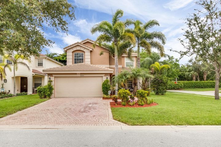 10301 Willow Oaks Trail, Boynton Beach, FL 33473