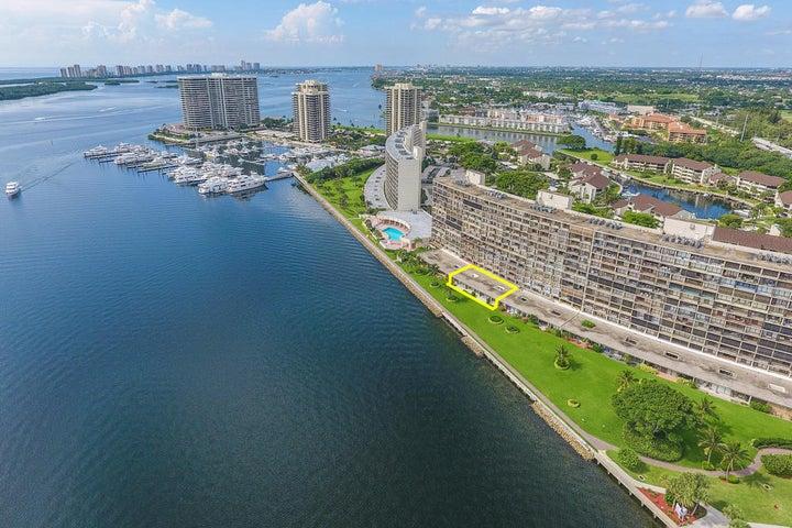 132 Lakeshore Drive, G28 & G29, North Palm Beach, FL 33408