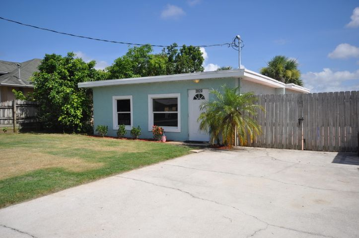 2820 Oklahoma Street, West Palm Beach, FL 33406
