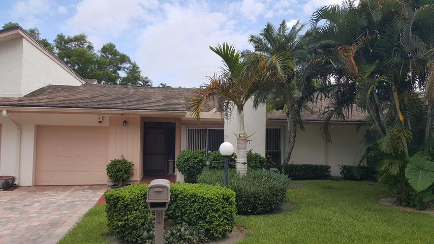 6994 Quince Lane, Lake Worth, FL 33467