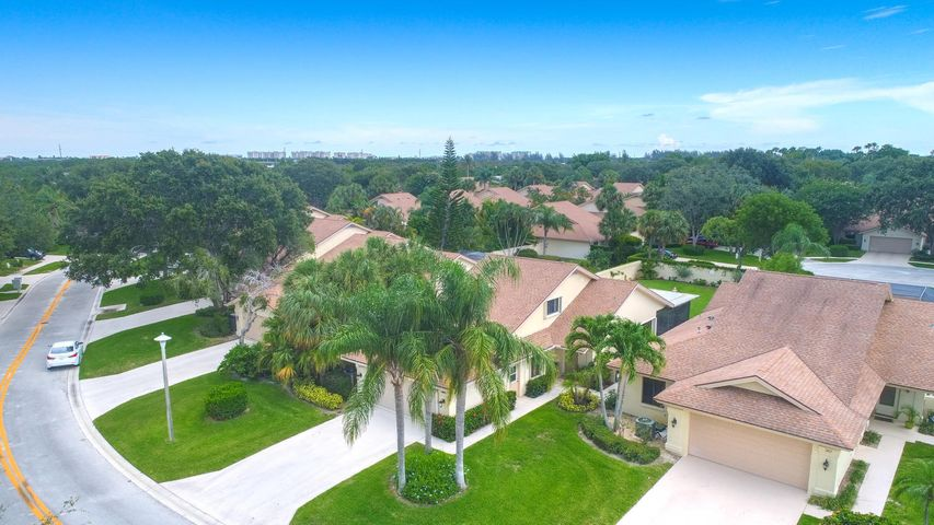 369 River Edge, Jupiter, FL 33477