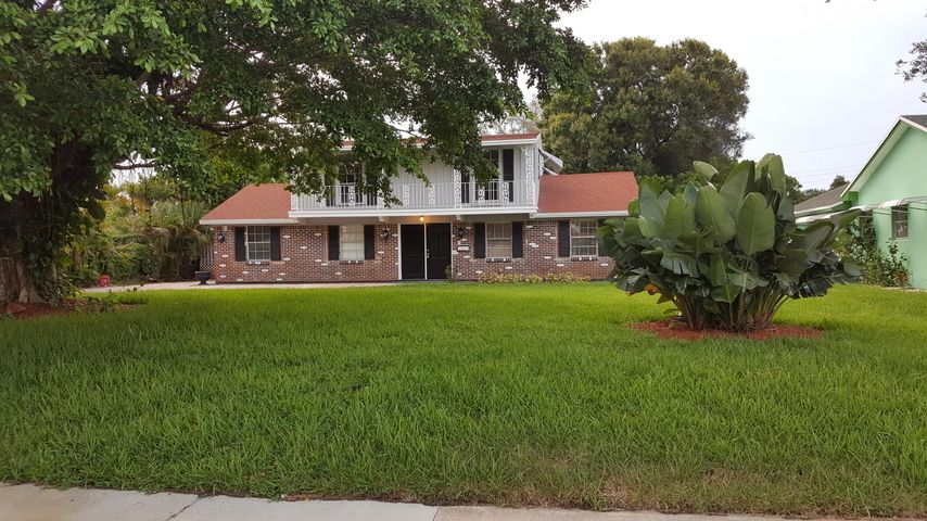 843 Northern Drive, Lake Park, FL 33403