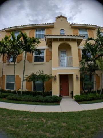 1546 Via Alferi, Boynton Beach, FL 33426