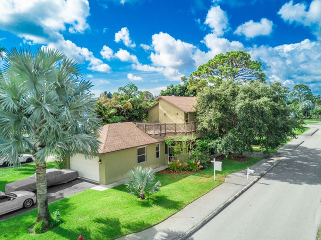 15114 Harrison Road, Delray Beach, FL 33484