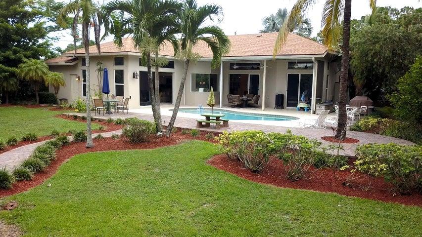 6483 Royal Palm Beach Blvd, West Palm Beach, FL 33412