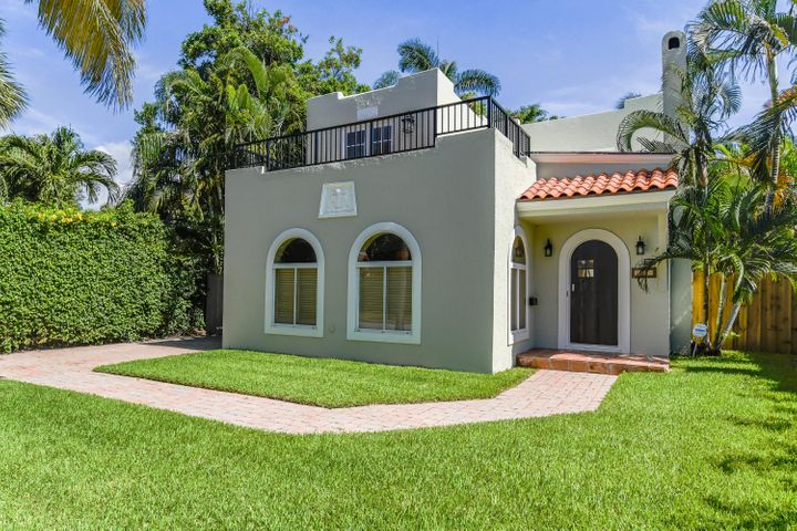 209 Monroe Drive, West Palm Beach, FL 33405