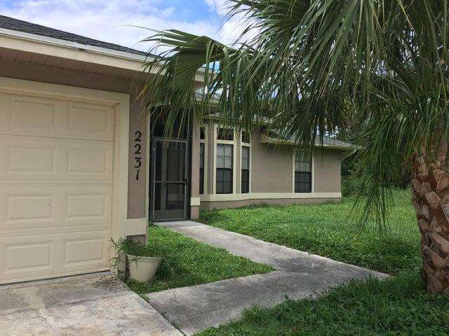 2231 SW Susset Lane, Port Saint Lucie, FL 34953