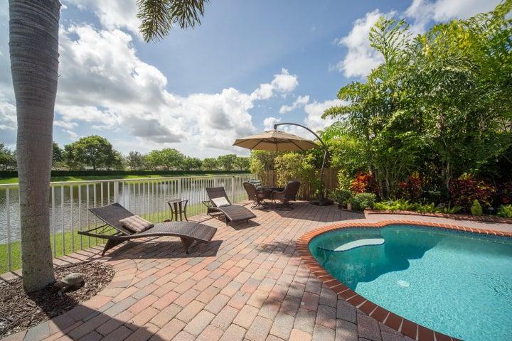 9248 Madewood Court, Royal Palm Beach, FL 33411
