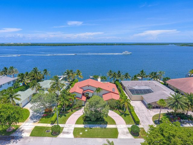 848 Lakeside Drive, North Palm Beach, FL 33408