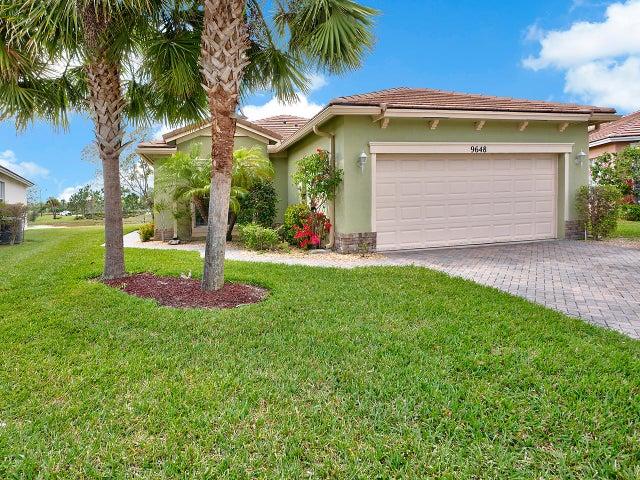9648 SW Flowermound Circle, Port Saint Lucie, FL 34987