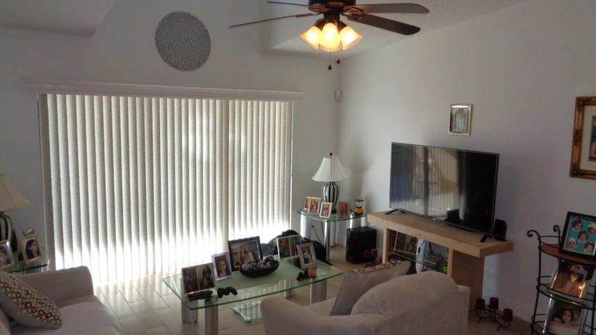616 Sea Pine Way, G3, Greenacres, FL 33415