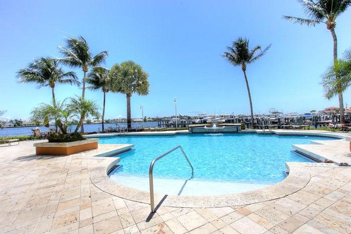127 Yacht Club Way, 305, Hypoluxo, FL 33462