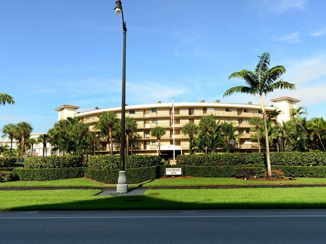 3605 S Ocean Boulevard, 115, South Palm Beach, FL 33480