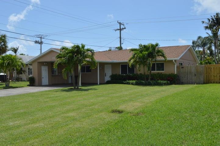 378 Garden Boulevard, Palm Beach Gardens, FL 33410