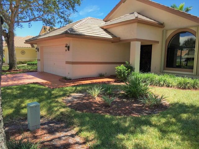 182 Temple Avenue, Boynton Beach, FL 33435