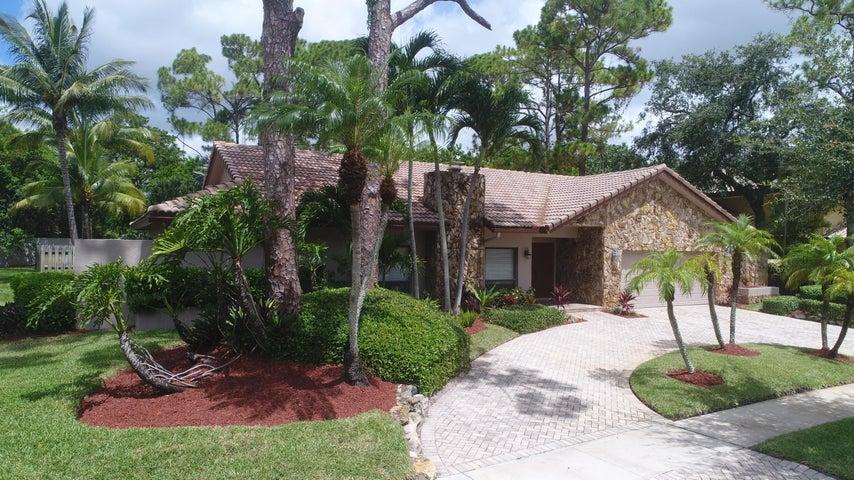 7540 Estrella Circle, Boca Raton, FL 33433
