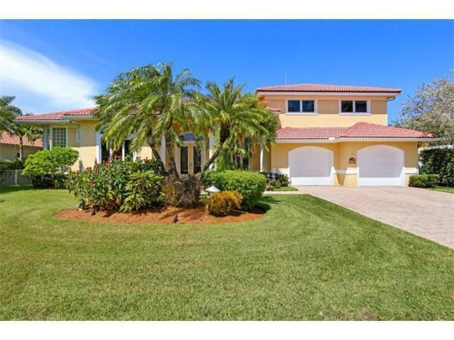 225 Cove Place, Jupiter Inlet Colony, FL 33469