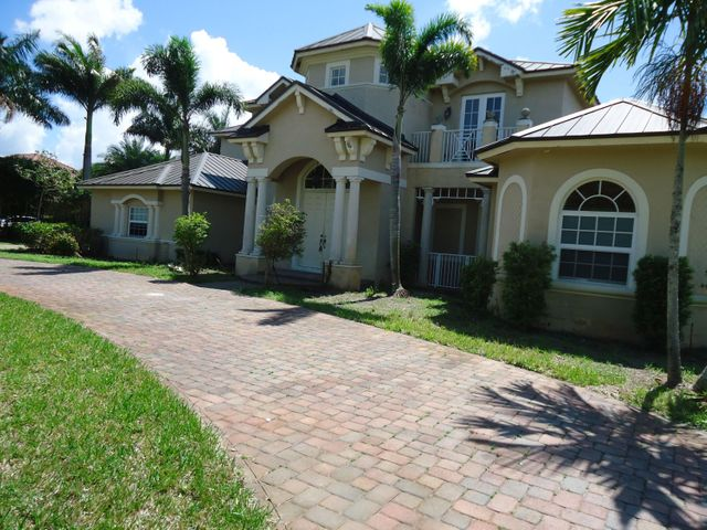 4190 Triple Crown Court, Davie, FL 33330