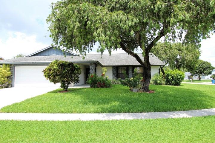 164 Cordoba Circle, Royal Palm Beach, FL 33411