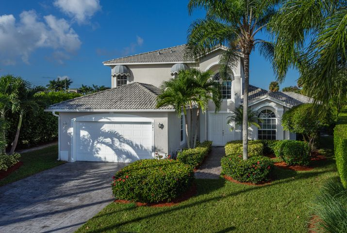 9741 Spray Drive, West Palm Beach, FL 33411