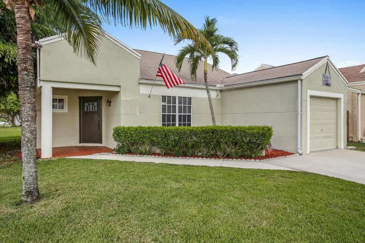 8466 Dynasty Drive, Boca Raton, FL 33433