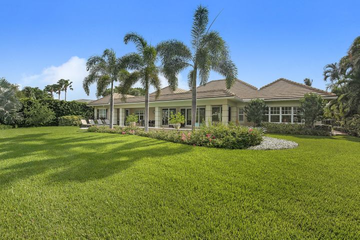 1119 Lake House Drive, North Palm Beach, FL 33408