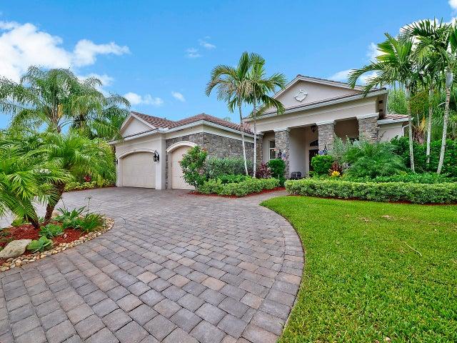 8373 Butler Greenwood Drive, Royal Palm Beach, FL 33411
