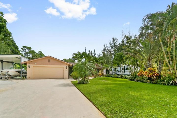 6659 Lakeside Road, West Palm Beach, FL 33411