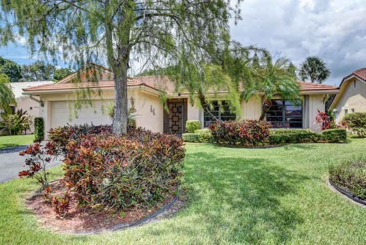 7944 Cloverfield Circle, Boca Raton, FL 33433