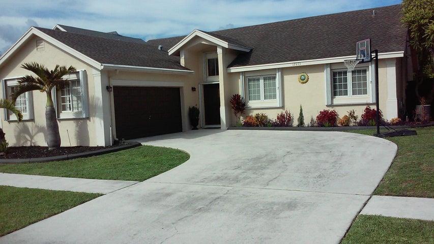 12973 Meadowbreeze Drive, Wellington, FL 33414