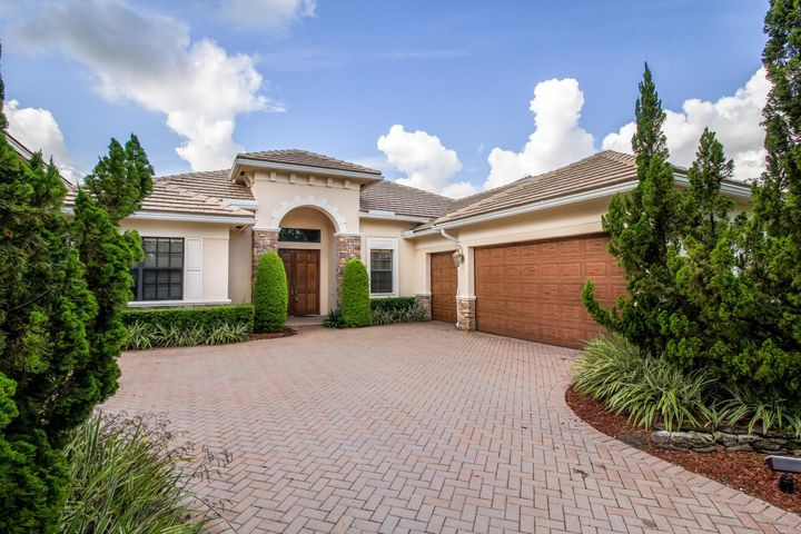 9336 Equus Circle, Boynton Beach, FL 33472