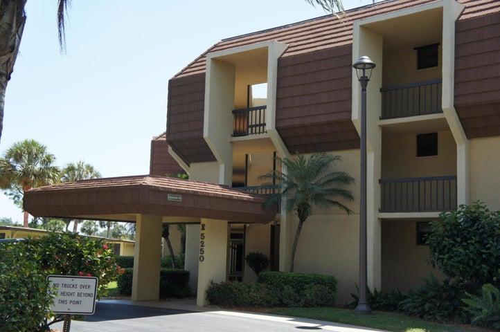 5250 Woodland Lakes Drive, 129, Palm Beach Gardens, FL 33418
