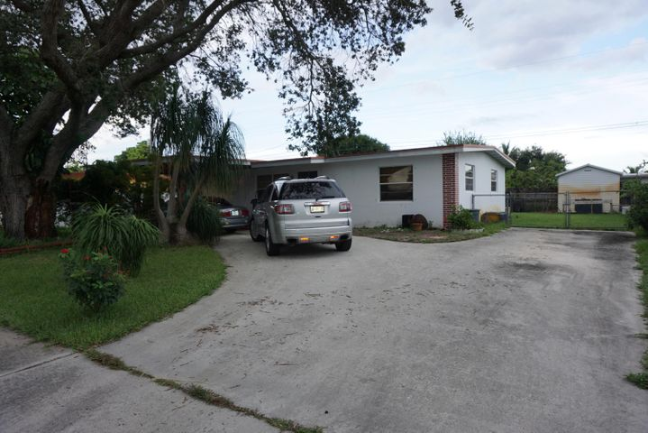 1888 Baythorne Road, West Palm Beach, FL 33415