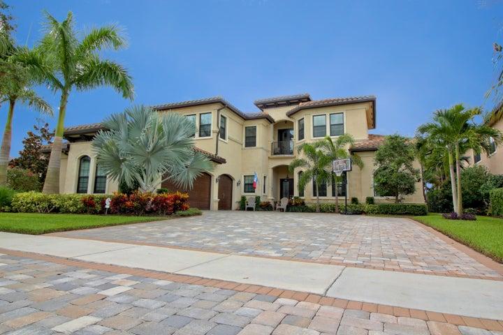 8418 Eagleville Avenue, Delray Beach, FL 33446