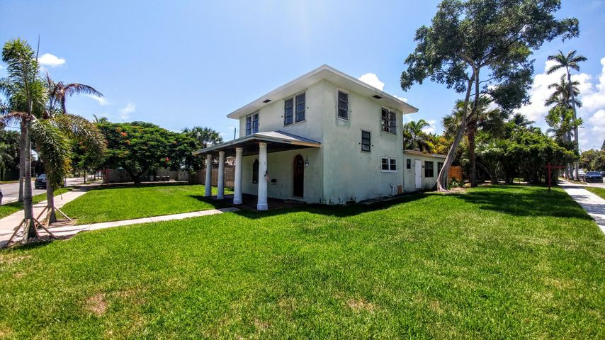 3119 Spruce Avenue, West Palm Beach, FL 33407